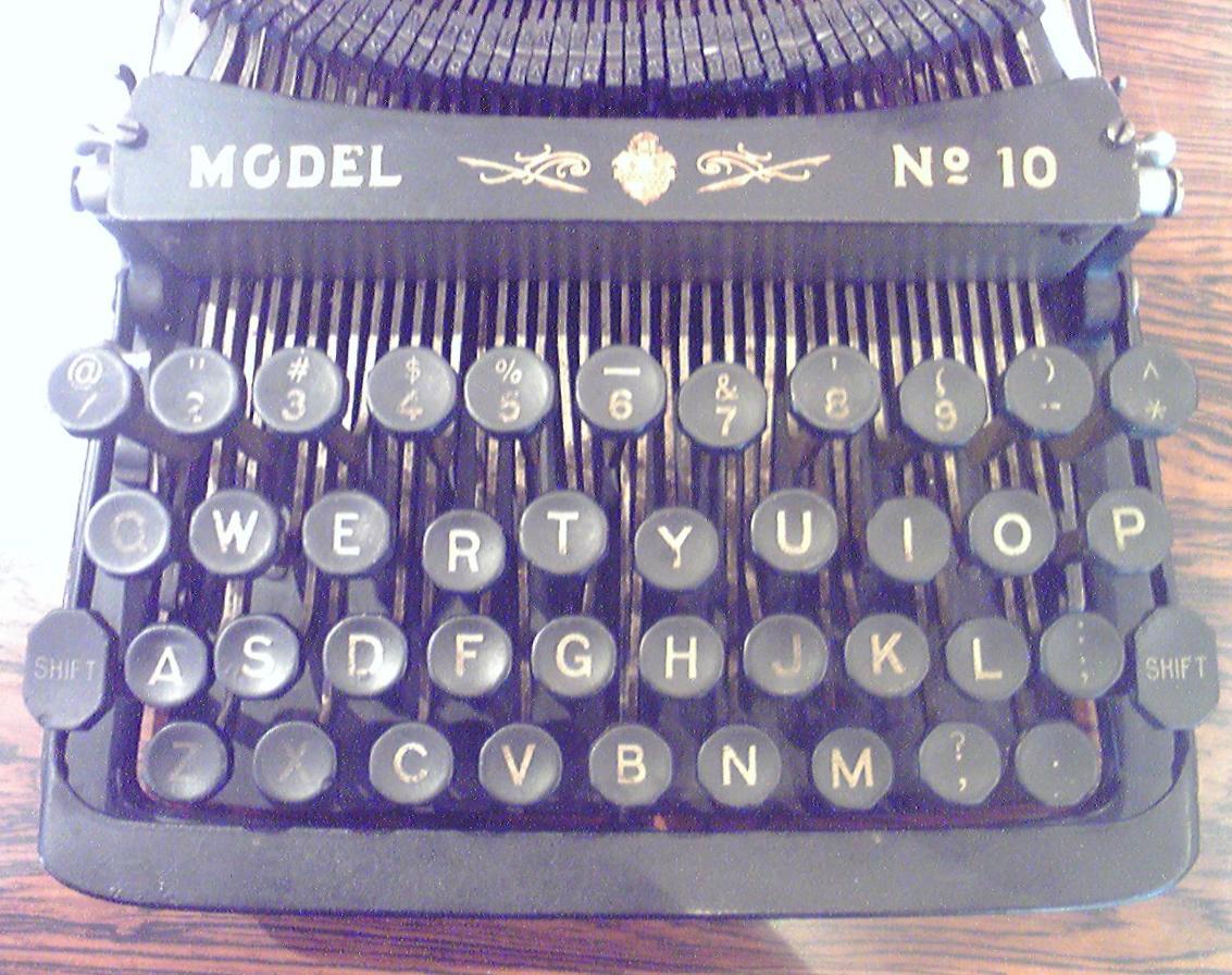 菊武学園の「Pittsburg-Visible Model No.10」のキーボード